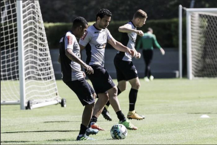 Com Fred e Robinho, Micale defineAtlético-MG para encarar Inter pela Primeira Liga