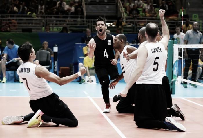 Brasil vence Alemanha de virada e avança à semifinal do vôlei sentado masculino