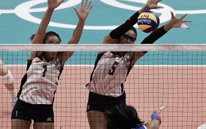 Em jogo equilibrado, Estados Unidos batem Porto Rico na estreia do vôlei feminino