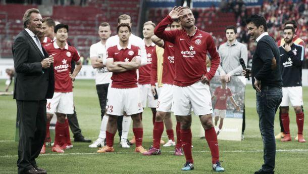 Noveski se retira del fútbol