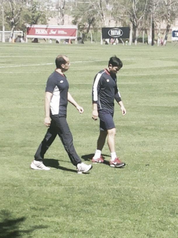 Jorge Fucile se resintió de la tendinitis en su rodilla derecha