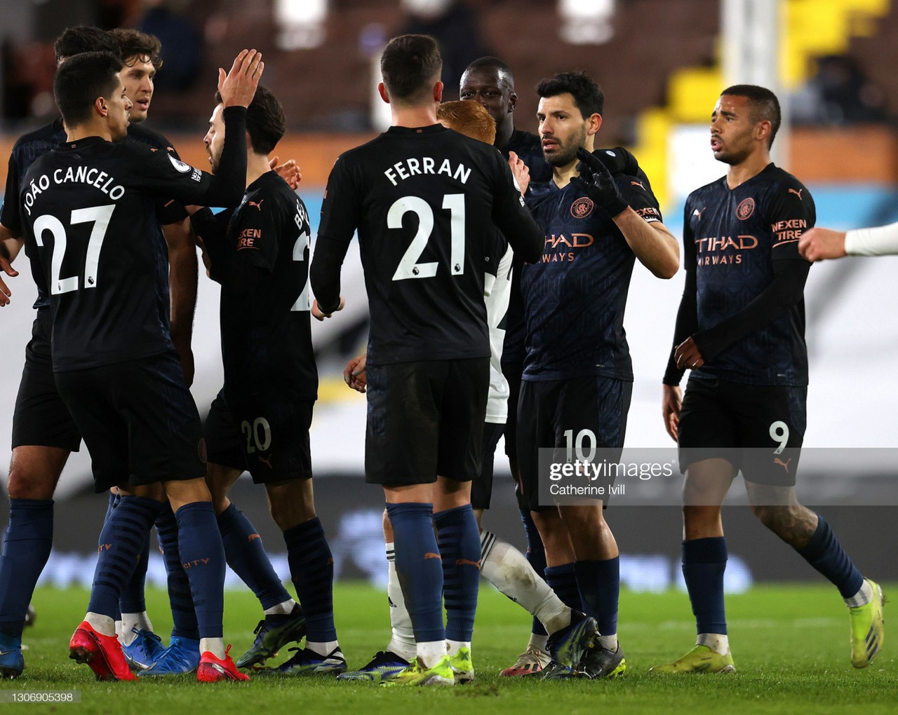 Fulham 0-3 Manchester City: Visitors waltz to comfortable victory