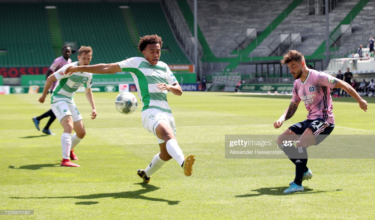 Greuther Furth 2 2 Hsv Hamburg Hosts Rescue A Point With The Last Kick Vavel International