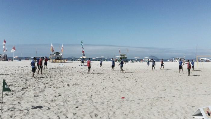 Seleção Brasileira de Beach Soccer treina em Copacabana visando o Mundial