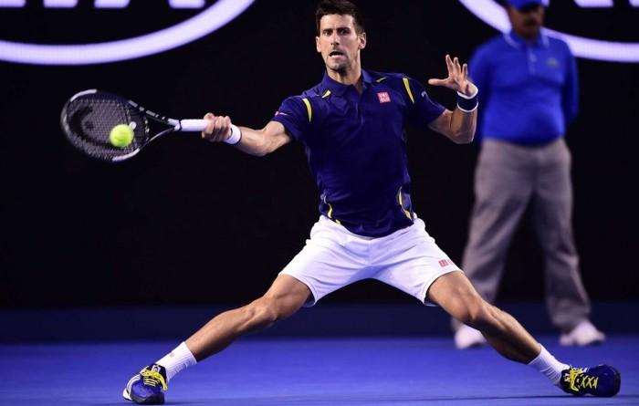Australian Open, Djokovic alza la voce. Federer cede il passo
