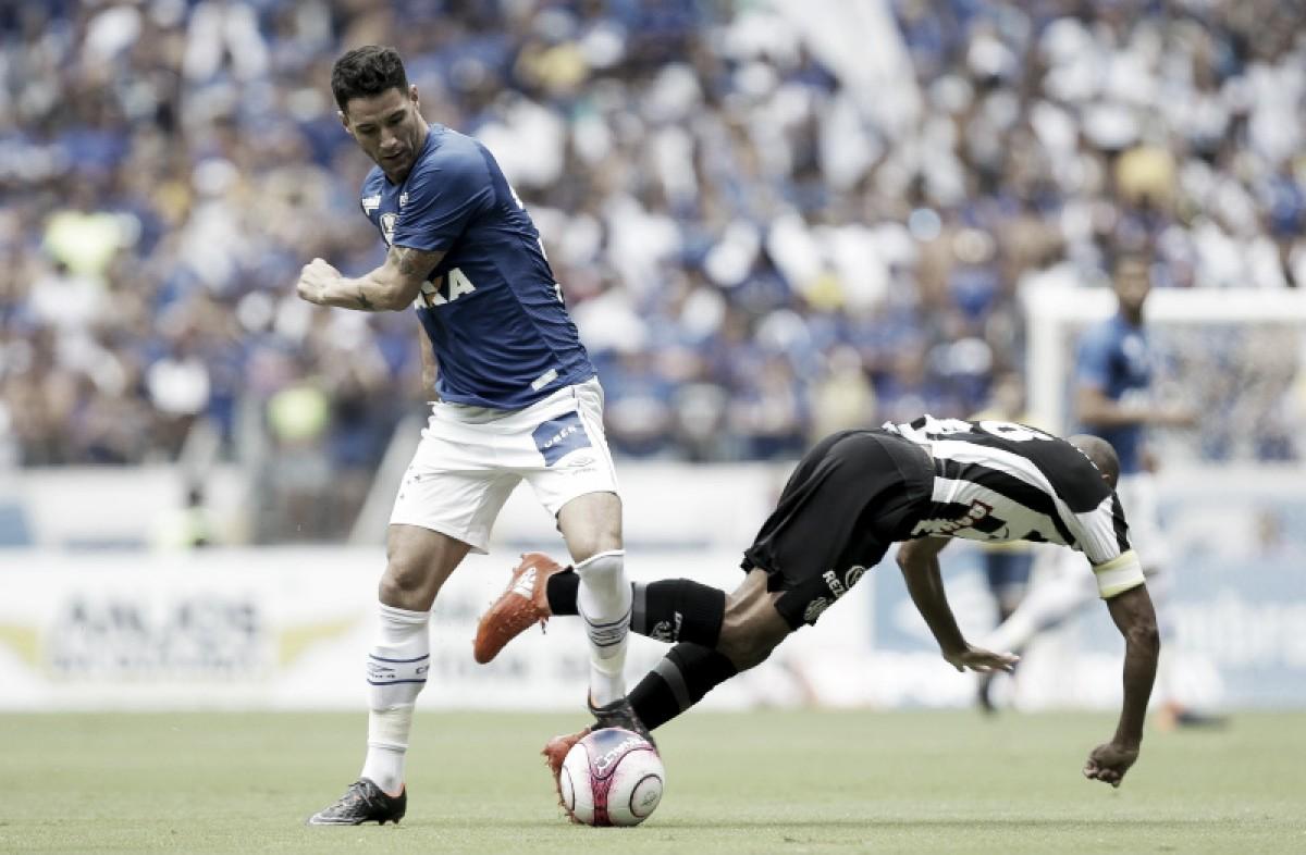 """Thiago Neves lamenta erros do Cruzeiro no clássico e alerta: """"Ainda tem o jogo de volta"""""""