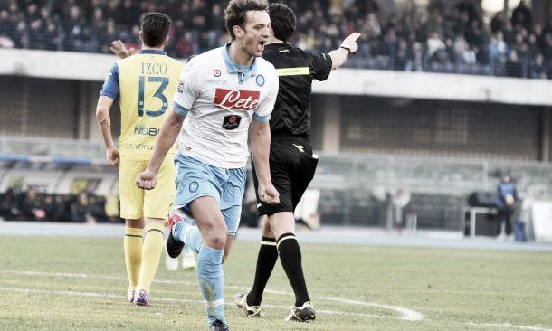 Gabbiadini trascina il Napoli: finisce 2-1 con il Chievo Verona