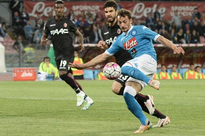 Napoli spettacolo col Bologna! Roma a -8, stasera giallorossi in campo