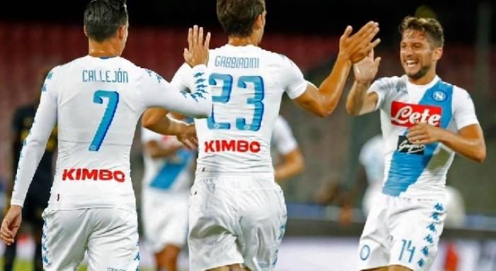Il Napoli è già bello: 5-0 al Monaco. Hamsik illumina, Gabbiadini fa poker