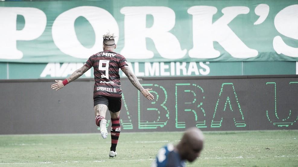 Flamengo domina, vence Palmeiras no Allianz Parque e derruba Mano Menezes