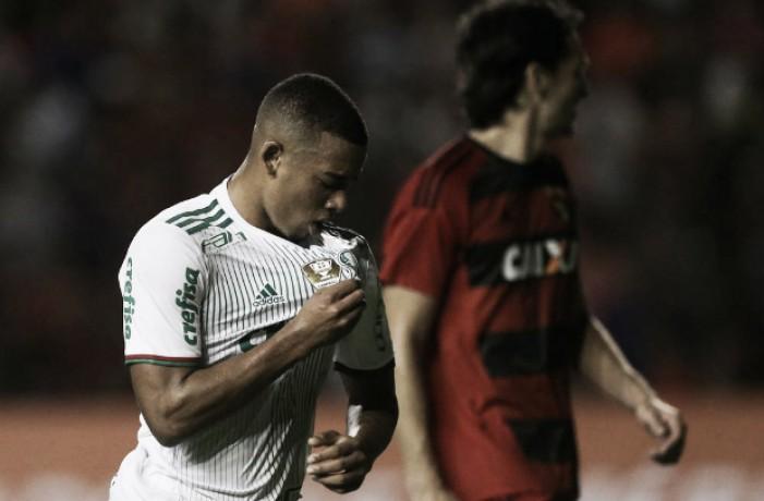 """Apesar de propostas da Europa, Gabriel Jesus garante foco no Palmeiras: """"Minha vontade é ficar"""""""
