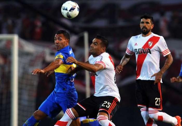 """Primera Division, il """"Superclassico"""" finisce senza reti: 0-0 tra River e Boca"""