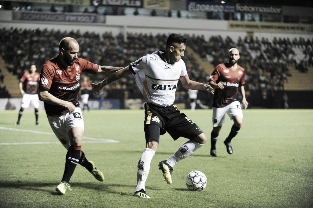 """Gabriel destaca frustração do Criciúma após derrota em sua estreia: """"Sentimento de dor"""""""