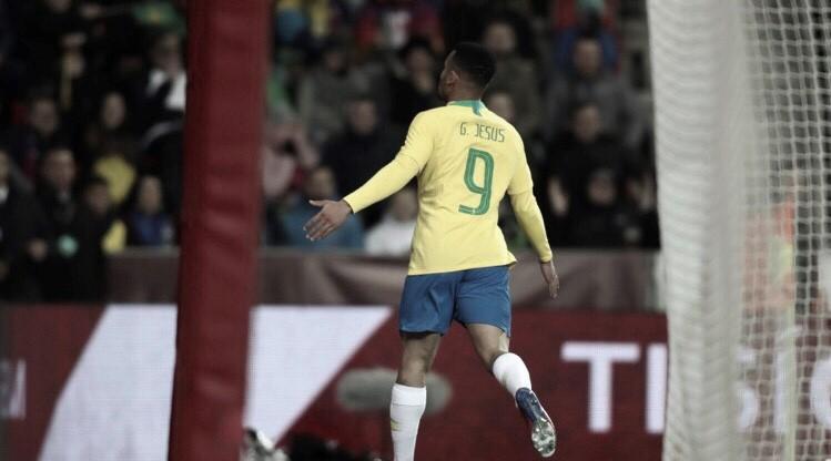 Gabriel Jesus decide e Brasil vence República Tcheca de virada