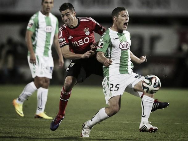 No ataque a Setúbal: Benfica começa no Bonfim sem Gaitán