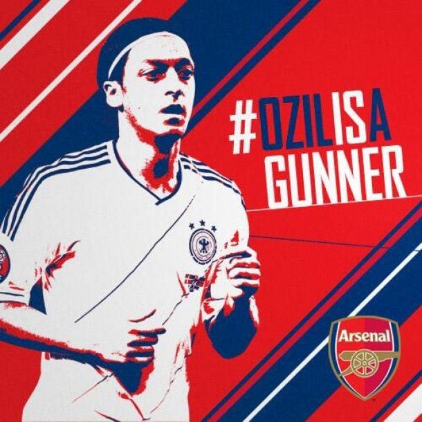 Mesut Ozil rejoint Arsenal