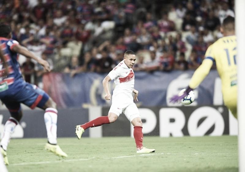 No Castelão, Inter bate Fortaleza e vence a primeira fora de casa pelo Brasileiro