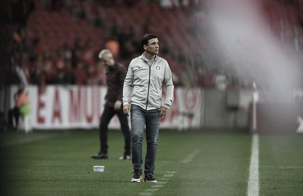 Após empate com Athletico-PR no Beira-Rio, Zé Ricardo já projeta Gre-Nal