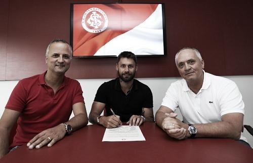 Após quatro anos, Rafael Sóbis retorna ao Internacional por uma temporada