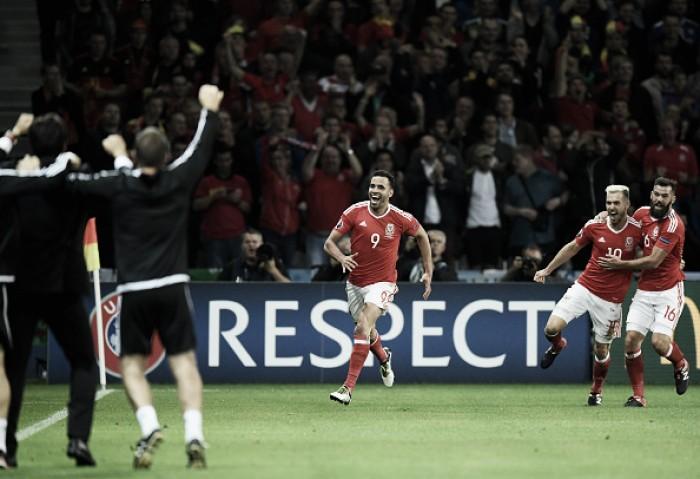 País de Gales vence Bélgica de virada e faz história ao avançar à semifinal da Eurocopa