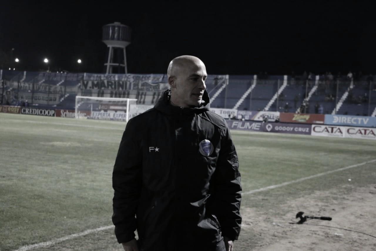 """Sebastián Méndez: """" Reciénestamos iniciando al igual que otros equipos, pero iniciamos bien"""""""