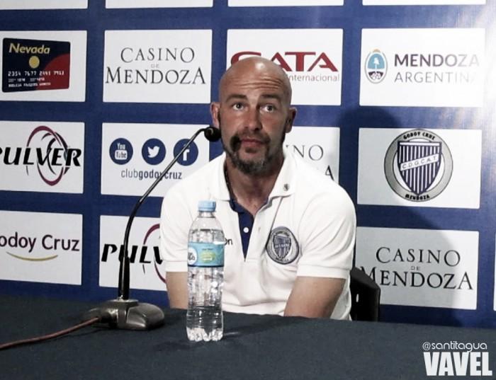 """Méndez: """"Me quedo conforme con la actitud del equipo"""""""