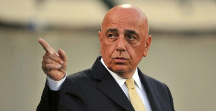 Ultimatum Milan: volo ancora in ritardo? Niente Supercoppa