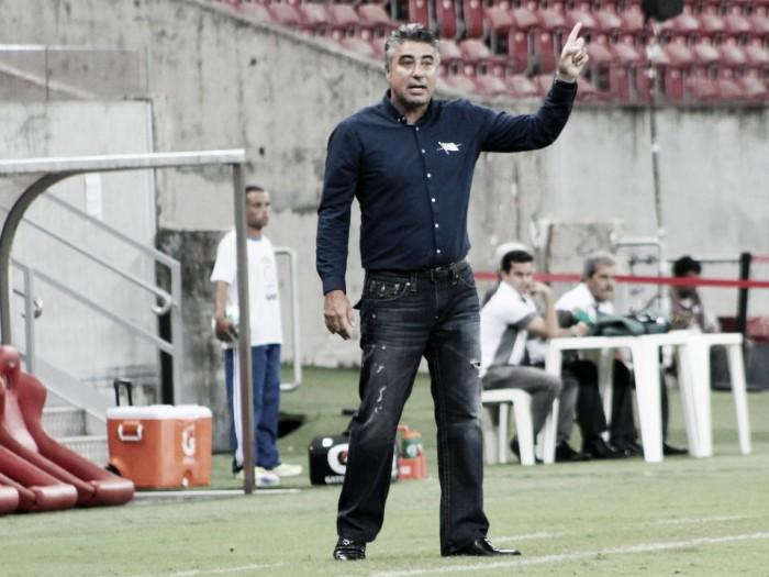 Gallo elogia crescimento do futebol do Náutico, mas volta a reclamar das finalizações