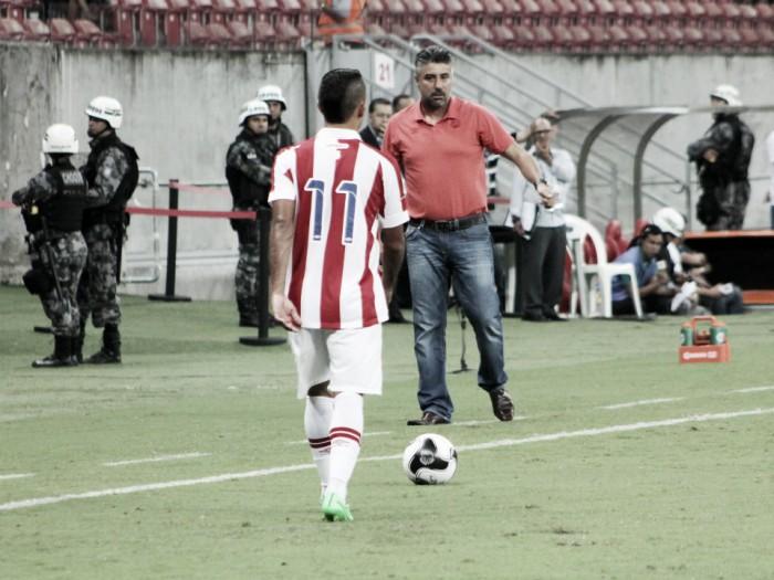Alexandre Gallo parabeniza elenco do Náutico pela vitória, mas critica arbitragem