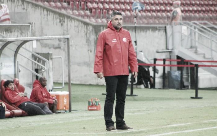 """Gallo destaca boa atuação do Náutico contra Oeste: """"Jogo mais fácil do campeonato"""""""