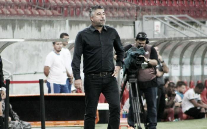 Gallo não resiste à derrota para Sampaio Corrêa e é demitido do Náutico