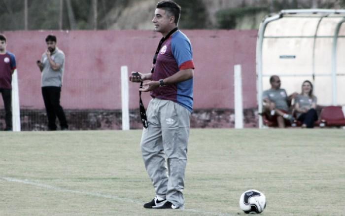 Gallo indica permanência de time ofensivo, mas não confirma Náutico para jogo contra Joinville