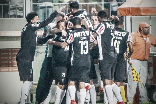 Jemerson marca duas vezes e Atlético-MG goleia Fluminense no Mané Garrincha