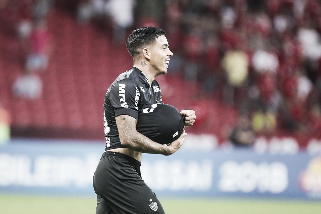 Com gol nos acréscimos, Atlético-MG vence e tira invencibilidade do Internacional no Beira-Rio
