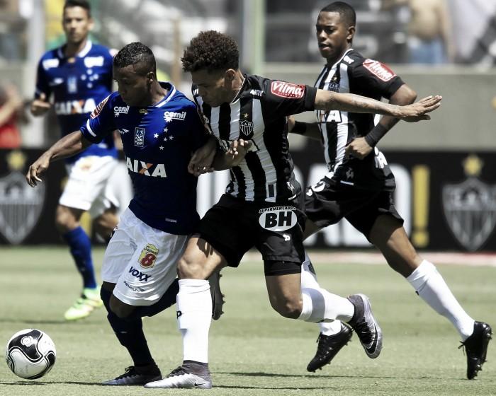Vivendo momento decisivo no Brasileiro, Cruzeiro e Atlético-MG se enfrentam no Mineirão