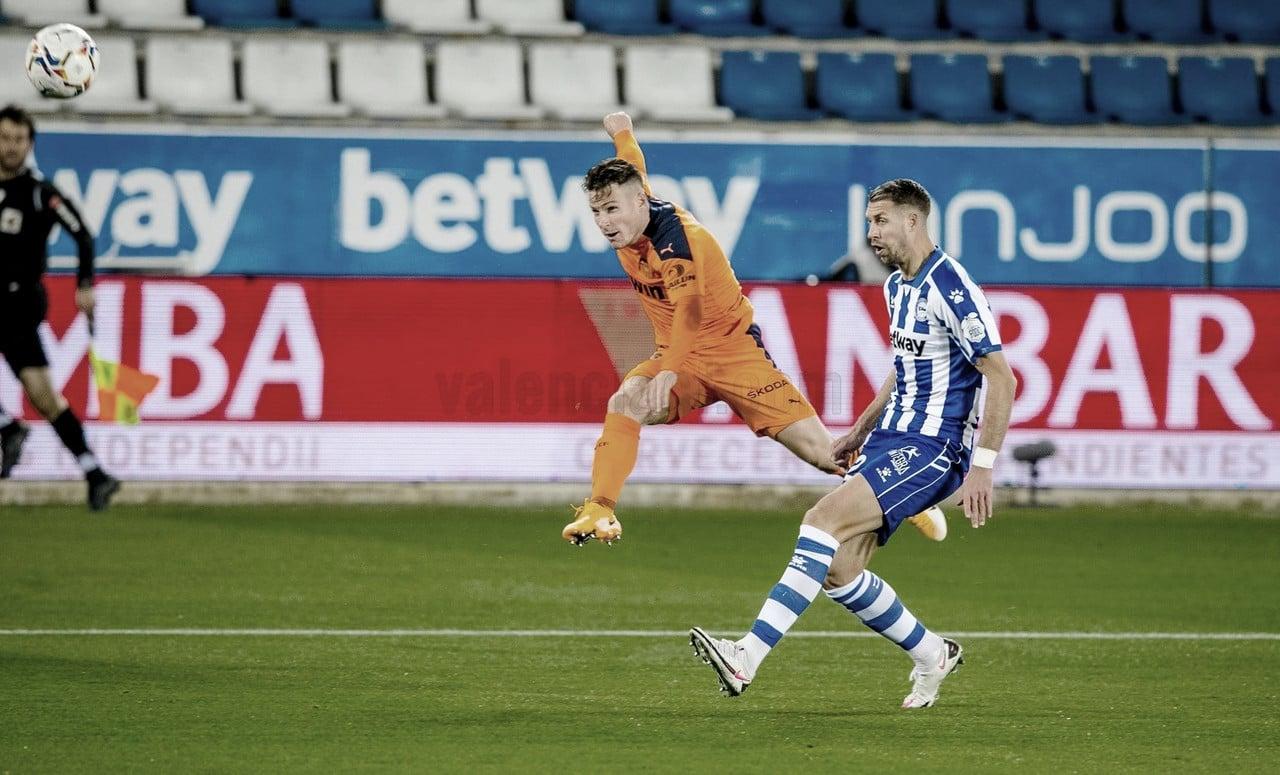 Gameiro fallando una ocasión | Foto: Valencia CF