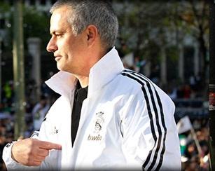 Mourinho amplía su contrato con el Real Madrid hasta 2016