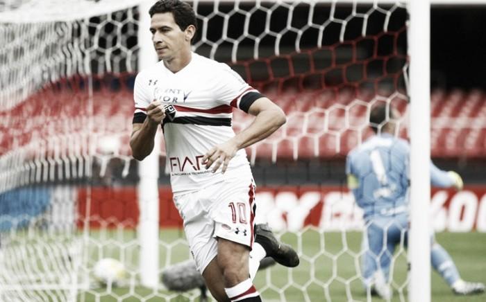 Ganso marca e São Paulo derrota Palmeiras no Choque-Rei