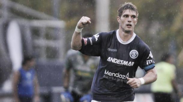 Independiente Rivadavia 2 - 2 Aldosivi: Lluvia de goles en Mendoza