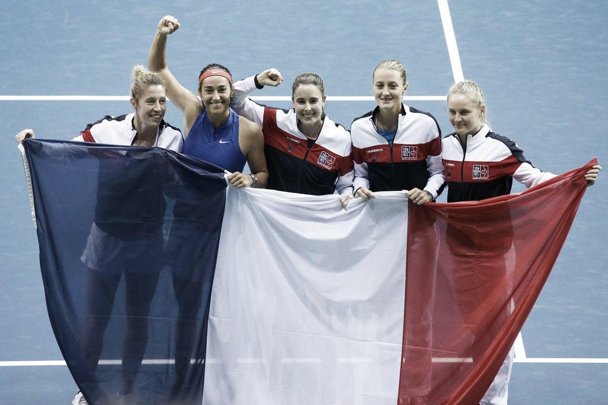 Garcia domina Mertens e garante França nas semis da Fed Cup