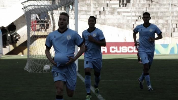 Real Garcilaso presentó insólito uniforme alterno para la temporada 2016