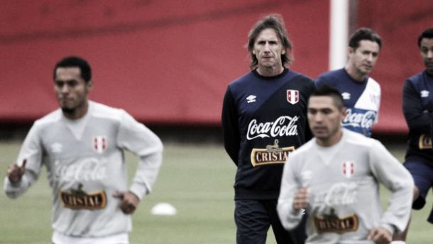 """Ricardo Gareca: """"Ningún jugador me llega a la concentración alcoholizado"""""""
