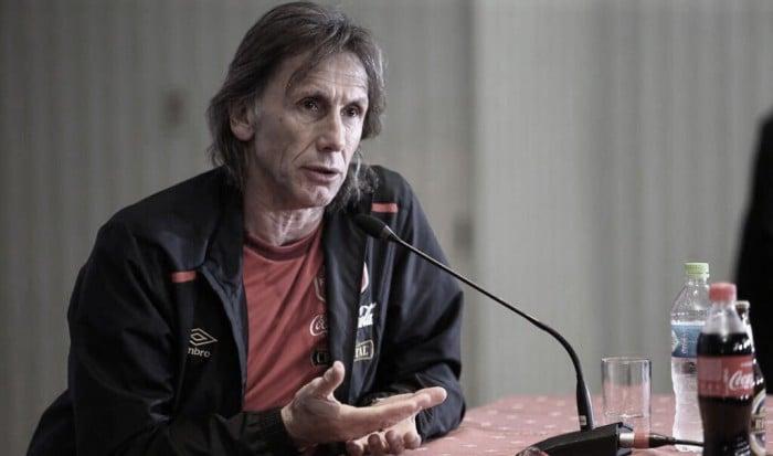 """Ricardo Gareca: """"Es poco probable que se le haga una 'marca personal' a Messi"""""""