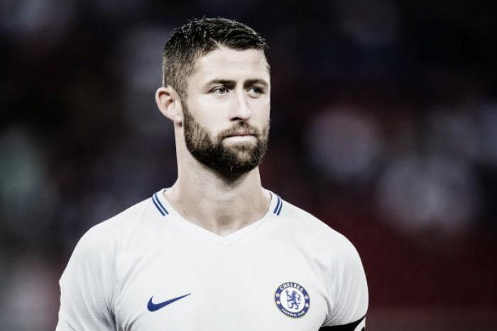 Capitão do Chelsea, Cahill mostra preocupação com tamanho reduzido do elenco