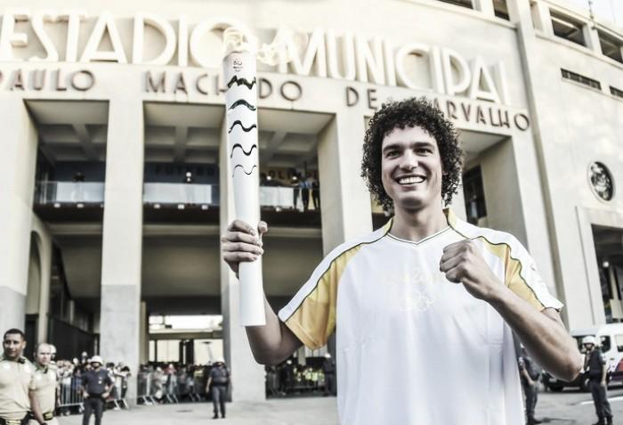 Com dores nas costas, Anderson Varejão viaja para fazer exames nos EUA e vira dúvida para Olimpíada