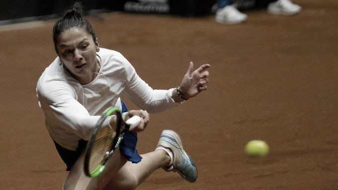 Gasparyan vence duelo russo com Kudermetova e avança às semis de Istambul