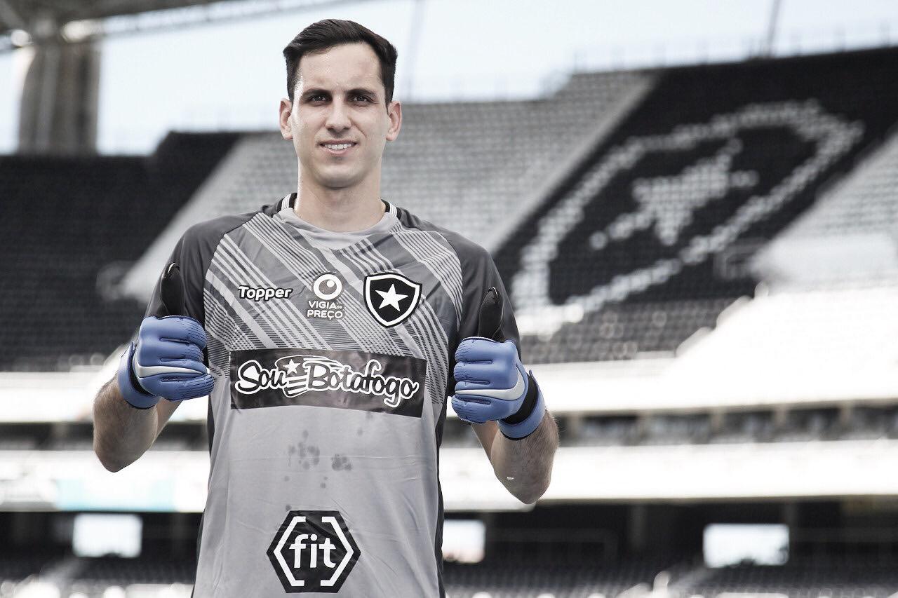 Busca por presentes: Gatito traça títulos com o Botafogo e boa campanha na Copa América