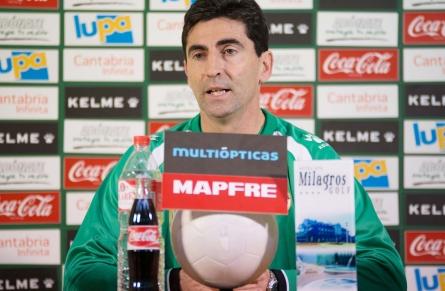 Jose Aurelio Gay deja de ser entrenador del Racing de Santander
