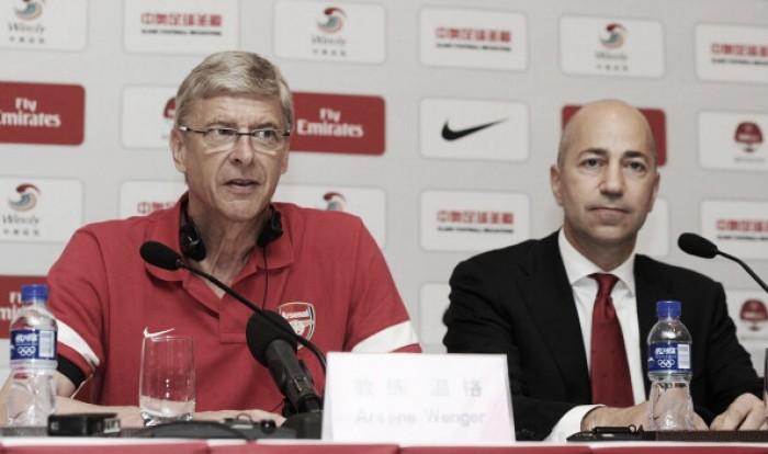 Dirigente do Arsenal diz que irá definir futuro de Wenger 'no seu próprio tempo'