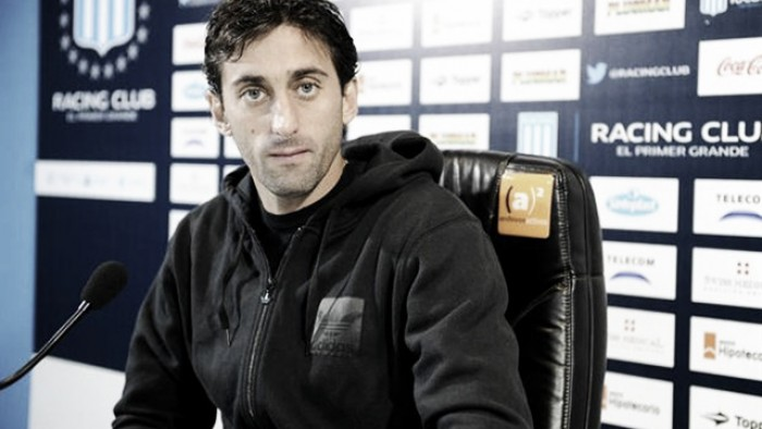 Milito: ''Me cuesta imaginarme sin jugar al fútbol''